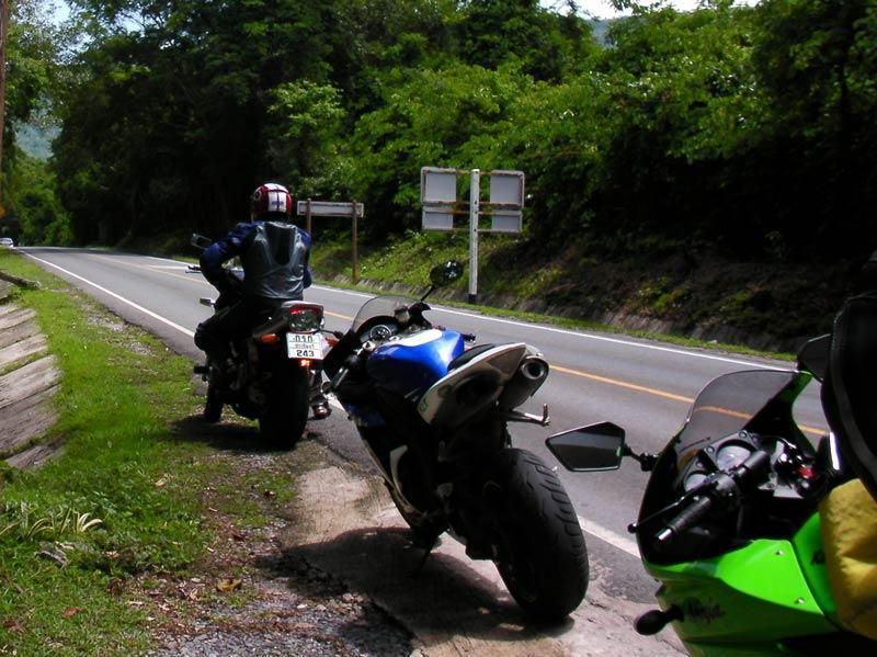 041109Ride4.jpg /Bangkok Day Trip to Khao Yai National Park/N.E. Thailand Motorcycle Trip Report Forums/  - Image by: