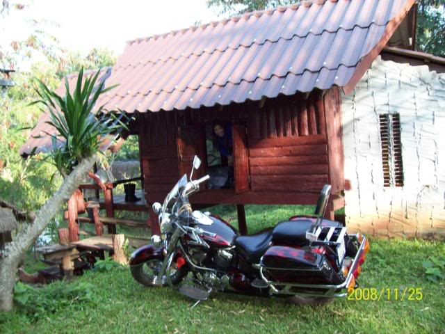 100_1080.jpg /Udon Mae Hong Son Loop Day 1/N.E. Thailand Motorcycle Trip Report Forums/  - Image by:
