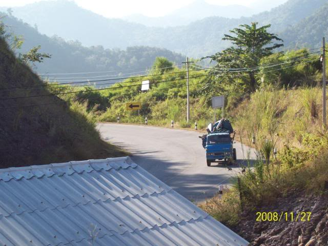 100_1176.jpg /Udon Mae Hong Son Loop day 2/N.E. Thailand Motorcycle Trip Report Forums/  - Image by: