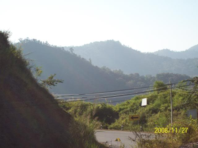 100_1178.jpg /Udon Mae Hong Son Loop day 2/N.E. Thailand Motorcycle Trip Report Forums/  - Image by: