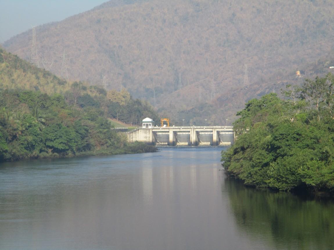 1107-to-Bhumipol-Dam (13).JPG
