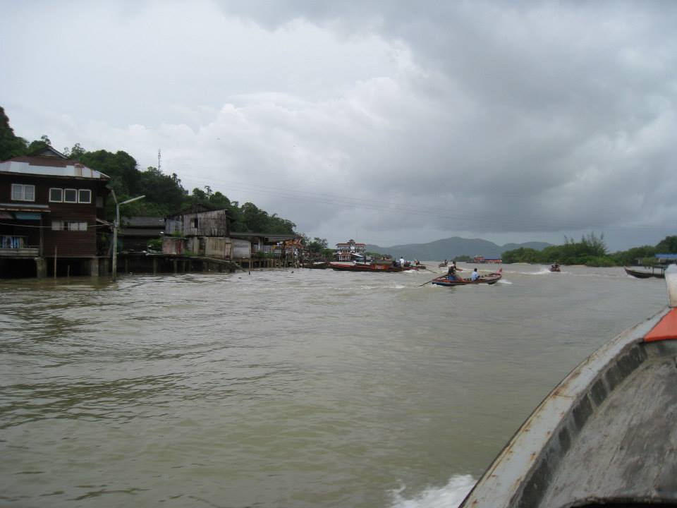 1236701_10201428963419757_1559252868_n.jpg /Ranong Advise/South Thailand Motorbike Trip Reports Forum/  - Image by:
