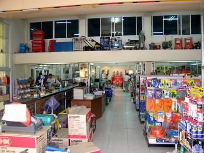 128315368-S.jpg /Chiang Mai Handy Motorcycle Related Shops/Northern Thailand - General Discussion Forum/  - Image by: