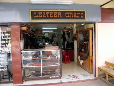 128642663-S.jpg /Chiang Mai Handy Motorcycle Related Shops/Northern Thailand - General Discussion Forum/  - Image by: