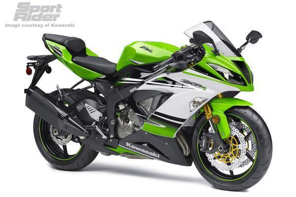 146_1405%2B2015-kawasaki-zx-6r-30th-anniversary-model-01%2B.