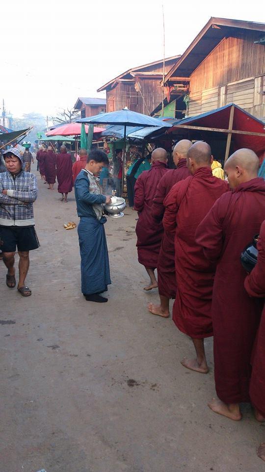 1525398_10153611676020710_902458666_n.jpg /Burma the missing link of overland travel?/Myanmar - Motorcycle Trip Report Forums/  - Image by: