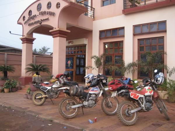 18.jpg /Our trip of February 2008 part 1/Cambodia Motorcycle Trip Report Forums/  - Image by: