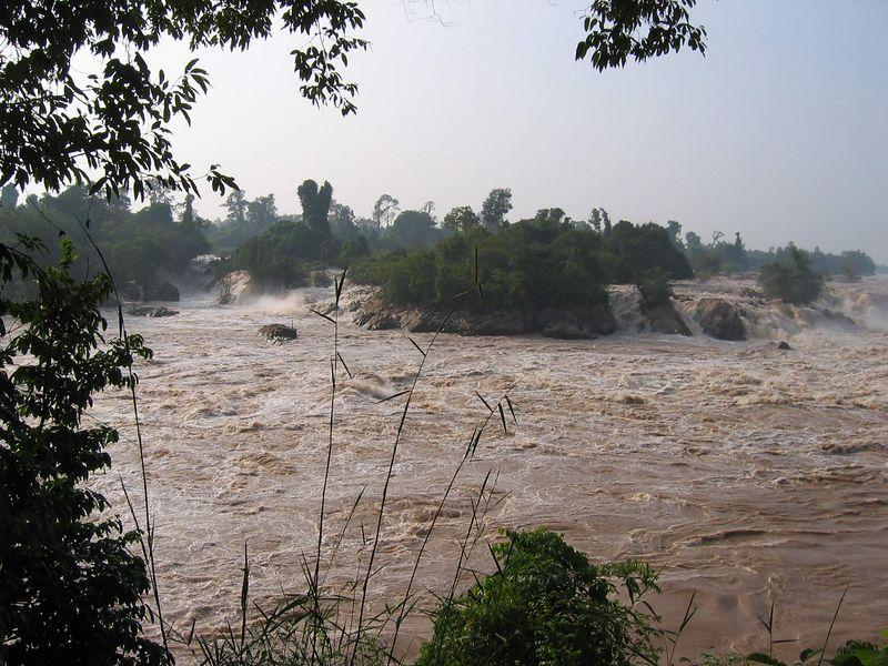 19243430-L.jpg /Laos Expedition 2004/Laos Road  Trip Reports/  - Image by: