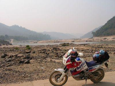 19588442-S.jpg /The Mekong Boat  Lost Rider Trip/Laos Road  Trip Reports/  - Image by: