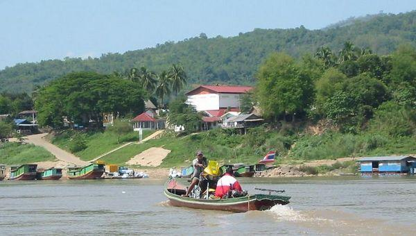 19766037-M-1.jpg /Huay Xai Mapping/Touring Northern Thailand - Trip Reports Forum/  - Image by: