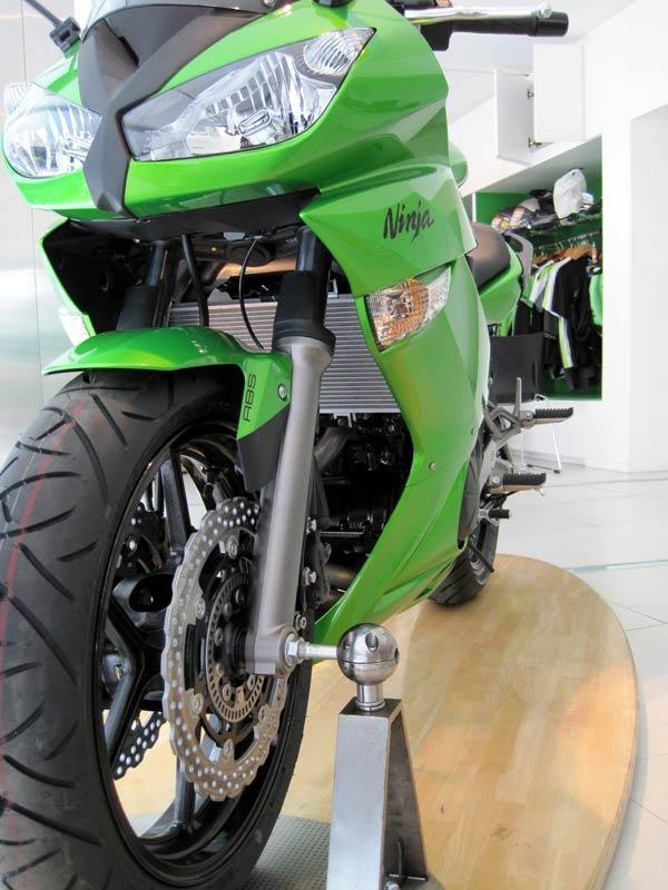 2010Ninja650R4.