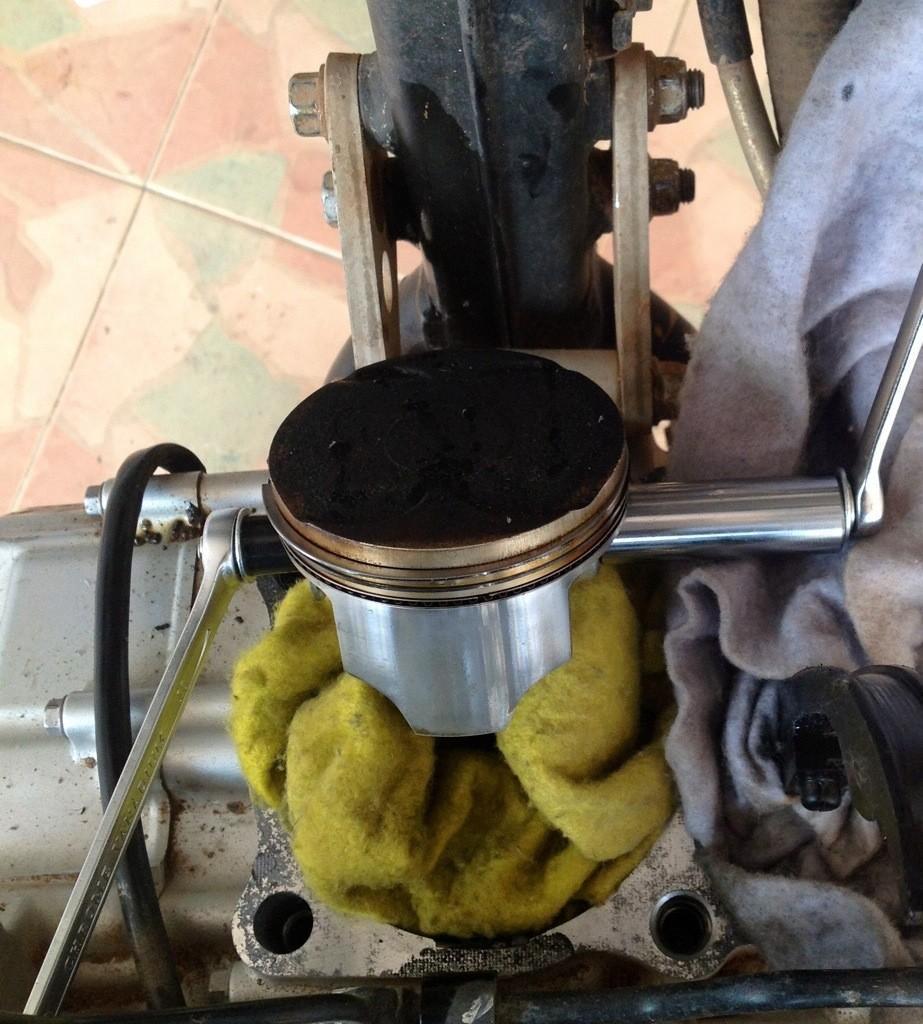 20140424-104358.jpg /Installing a Kawasaki KLX 330cc Kustom Kraft Big Borel a DIY guide./Technical/  - Image by: