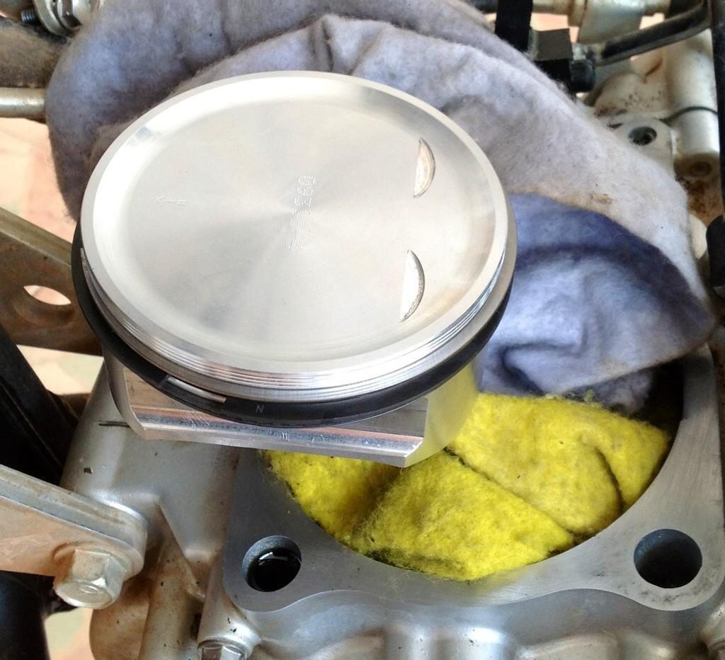 20140424-104719.jpg /Installing a Kawasaki KLX 330cc Kustom Kraft Big Borel a DIY guide./Technical/  - Image by: