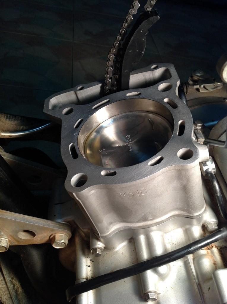 20140424-105128.jpg /Installing a Kawasaki KLX 330cc Kustom Kraft Big Borel a DIY guide./Technical/  - Image by: