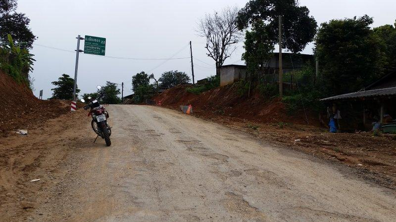 2016-09-01 08.59.30.jpg /Roadworks On 1129 - Chiang Saen To Chiang Khong/Touring Northern Thailand - Trip Reports Forum/  - Image by: