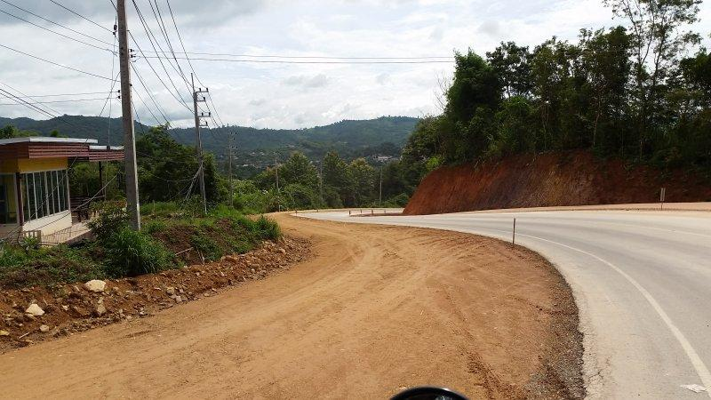 2016-09-01 10.16.49.jpg /Roadworks On 1129 - Chiang Saen To Chiang Khong/Touring Northern Thailand - Trip Reports Forum/  - Image by: