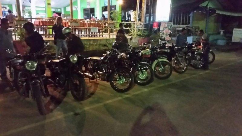 2016-12-04 18.57.01.jpg /Licme 2016 (lanna Independent Classic Motorbike Endeavour)/Touring Northern Thailand - Trip Reports Forum/  - Image by: