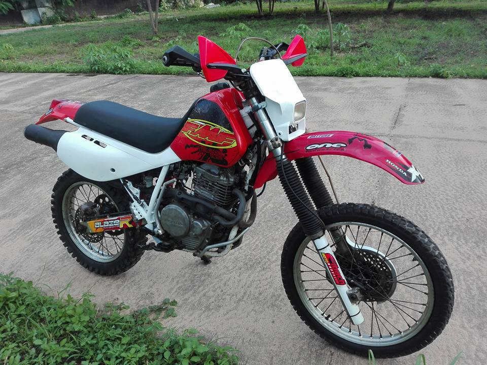 20526010_10203266250694475_5698048950094166112_n.jpg /Honda Xr600r 1993 A Classic/Motorcycle Buy & Sell - S.E. Asia/  - Image by: