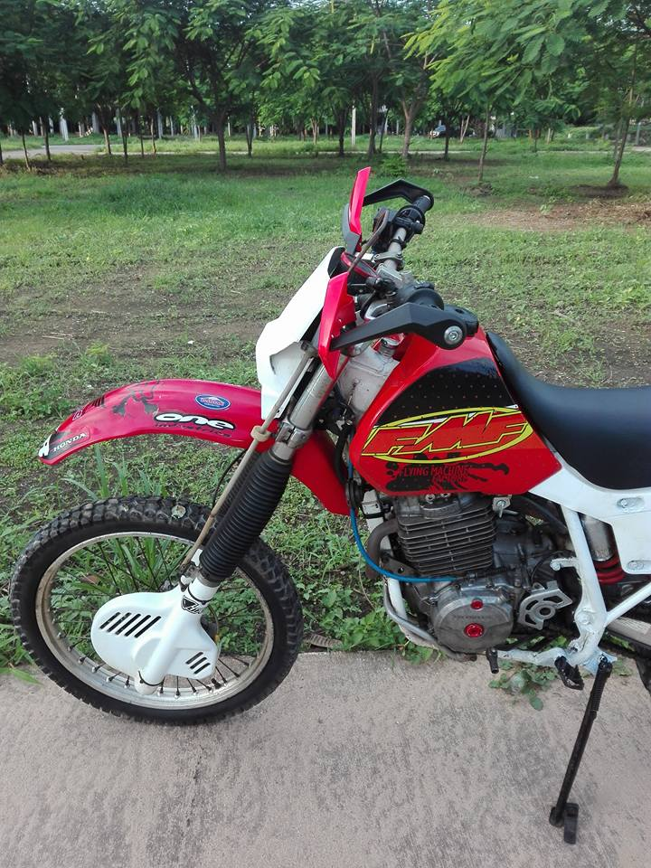20604395_10203266250254464_5986337631280703180_n.jpg /Honda Xr600r 1993 A Classic/Motorcycle Buy & Sell - S.E. Asia/  - Image by:
