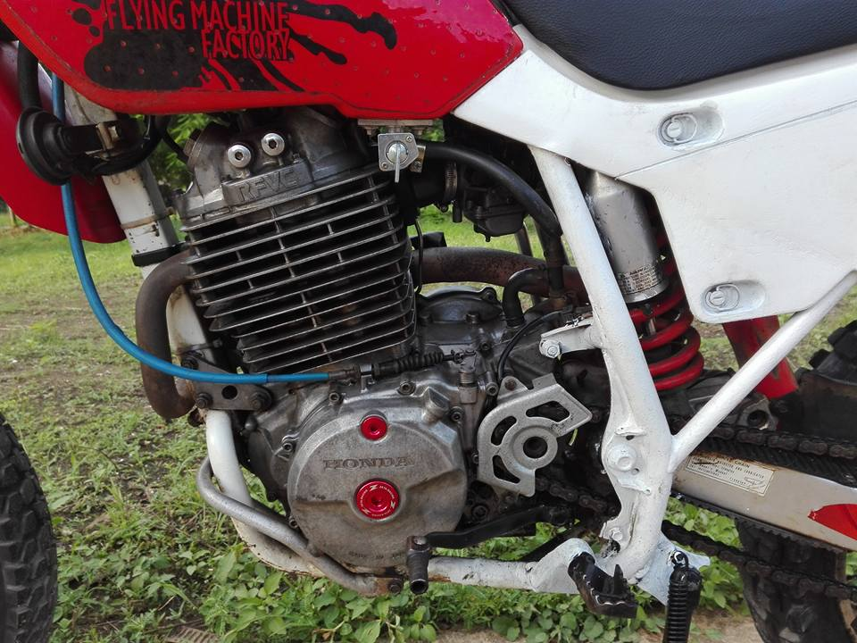 20620880_10203266250054459_4674265691489432526_n.jpg /Honda Xr600r 1993 A Classic/Motorcycle Buy & Sell - S.E. Asia/  - Image by: