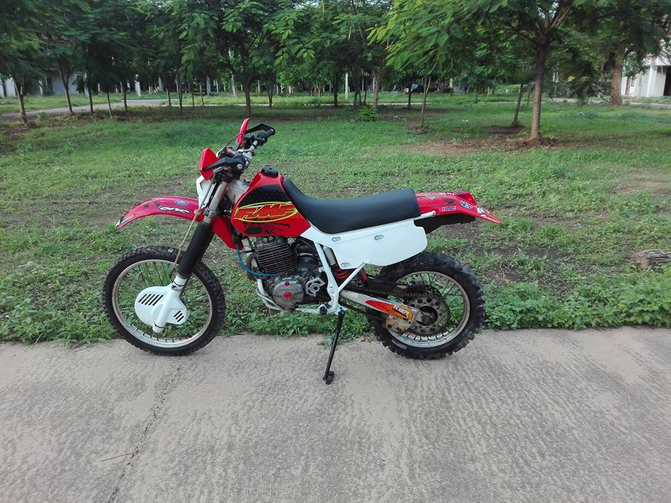 20638007_10203266251814503_6507125105918705567_n.jpg /Honda Xr600r 1993 A Classic/Motorcycle Buy & Sell - S.E. Asia/  - Image by: