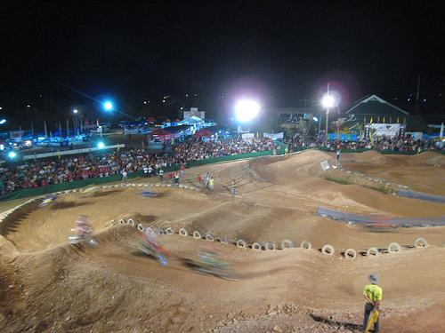 2075205851_d31e013797.jpg /The  CEI Supercross Weekend./Touring Northern Thailand - Trip Reports Forum/  - Image by: