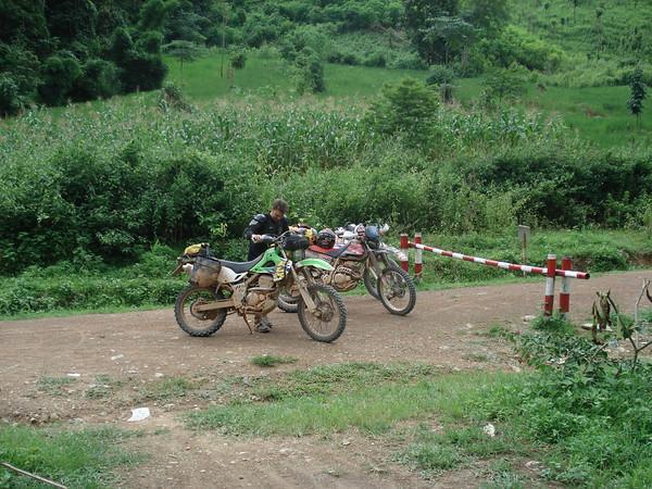 249666978_j7BiM-M.jpg /New border crossing pix/Laos Road  Trip Reports/  - Image by: