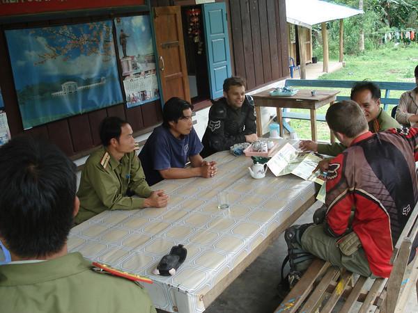249667371_Xjhfe-M.jpg /New border crossing pix/Laos Road  Trip Reports/  - Image by: