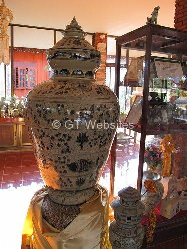 257322=15646-wiang-kalong-ceramics-003.