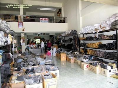 257424989_bmHDH-S.jpg /Chiang Mai Handy Motorcycle Related Shops/Northern Thailand - General Discussion Forum/  - Image by: