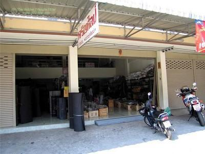 257441562_ppNjU-S.jpg /Chiang Mai Handy Motorcycle Related Shops/Northern Thailand - General Discussion Forum/  - Image by: