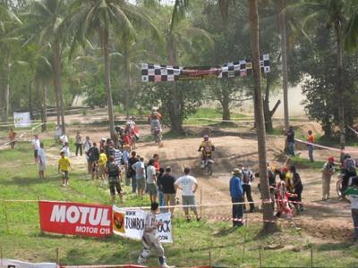 262139657_4sQV5-S.jpg /Pattaya 6 hr enduro August /December/Festivals &  Events - S.E. Asia/  - Image by: