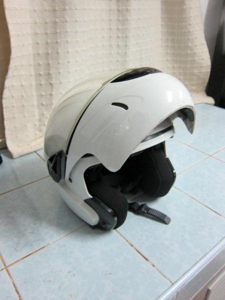 264362=578-Helmet01.
