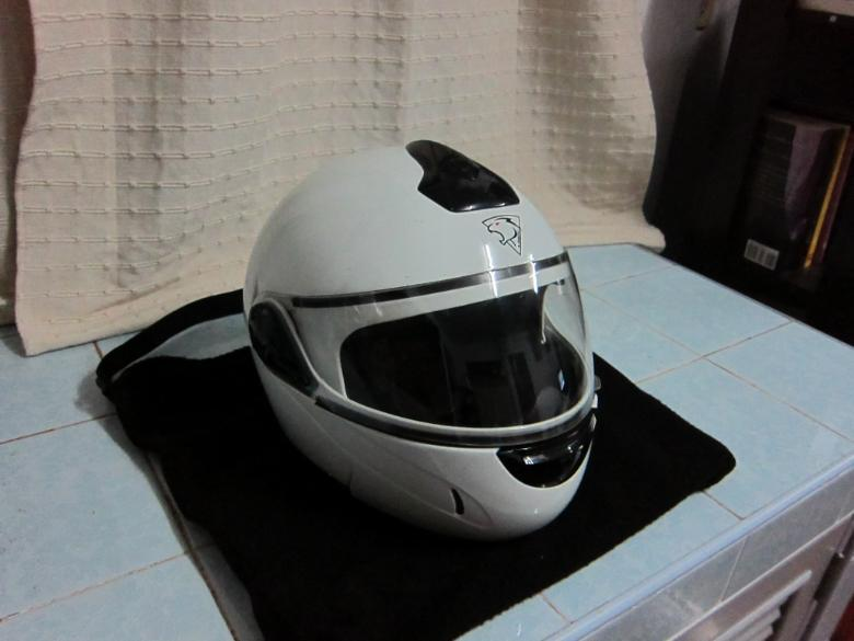 264362=579-Helmet02.