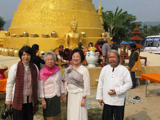 266462=1994-IMG_3451.jpg /Thailand's first bamboo chedi - a new place of interest on the Chiang Rai leg./Touring Northern Thailand - Trip Reports Forum/  - Image by: