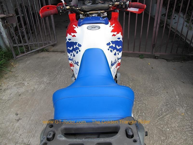 269687=4202-img_8639.jpg /Chiang Mai Handy Motorcycle Related Shops/Northern Thailand - General Discussion Forum/  - Image by: