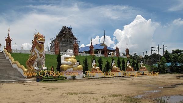 270361=4681-img_8722.jpg /Wat Sang Kaew Phothiyan/Touring Northern Thailand - Trip Reports Forum/  - Image by: