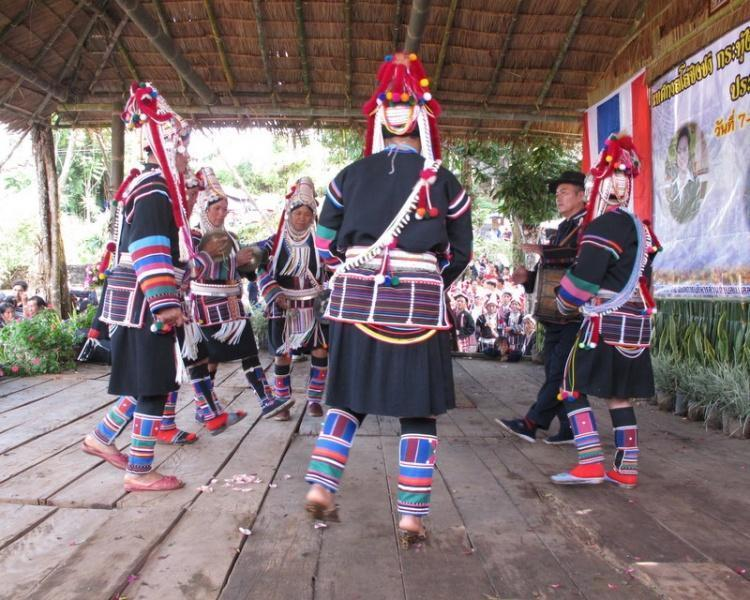 271184=5048-019.jpg /Akha swing ceremony - 2009, 2010, 2011..../Touring Northern Thailand - Trip Reports Forum/  - Image by:
