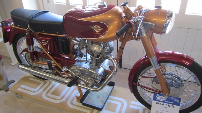 271730=5346-Ducati%20200.