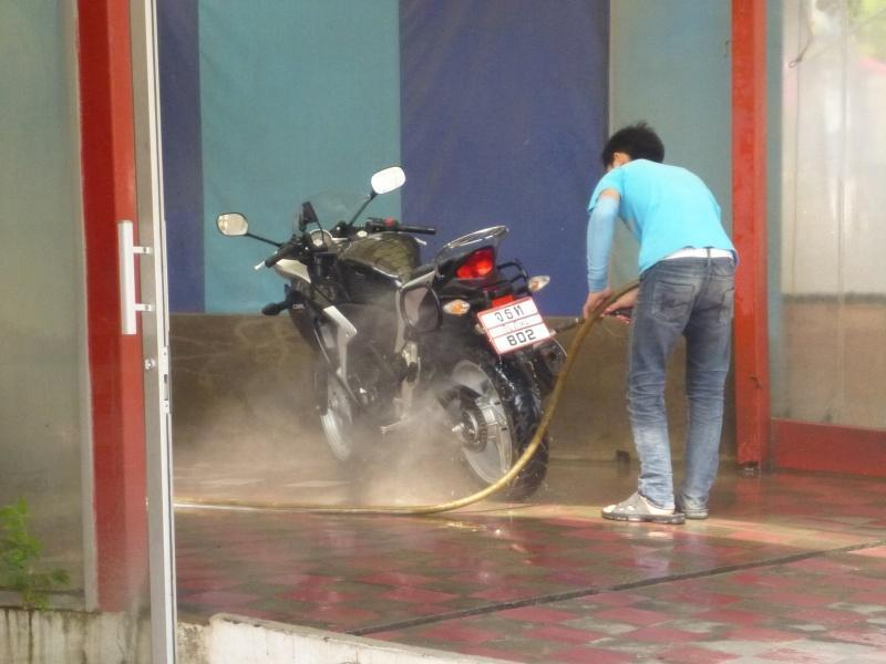 274471=7379-P1000811.jpg /Chiang Mai Handy Motorcycle Related Shops/Northern Thailand - General Discussion Forum/  - Image by: