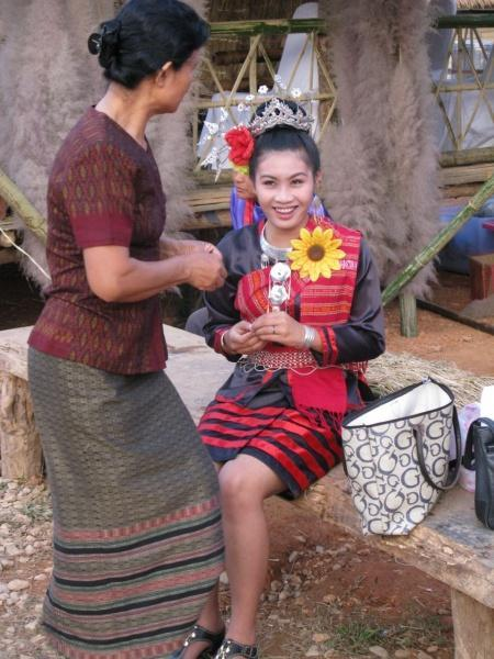 275048=7882-IMG_7307.jpg /The Festival of 9 tribes at Bahn Saeo/Touring Northern Thailand - Trip Reports Forum/  - Image by: