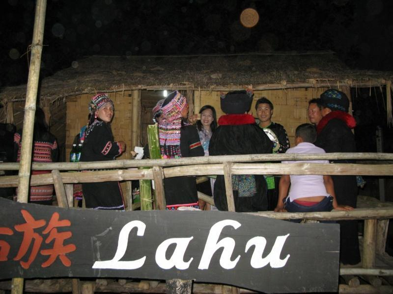 275048=7888-IMG_7412.jpg /The Festival of 9 tribes at Bahn Saeo/Touring Northern Thailand - Trip Reports Forum/  - Image by: