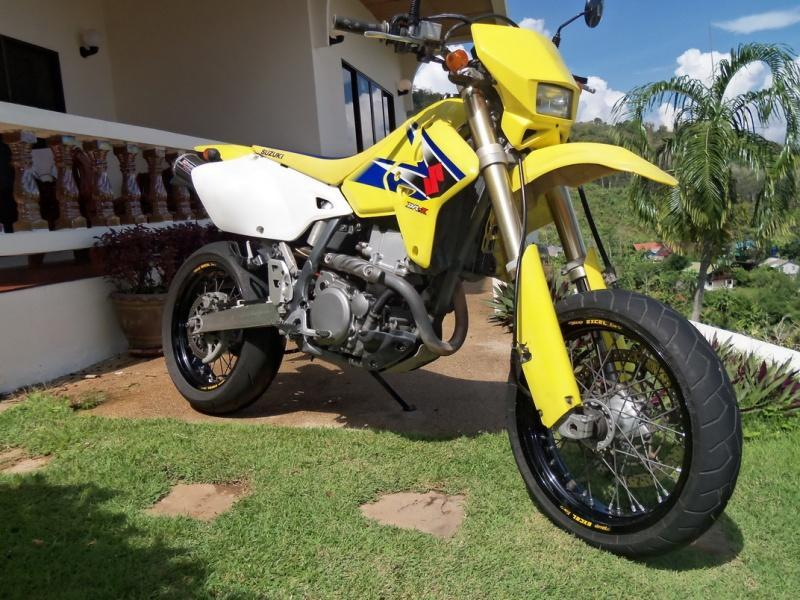 suzuki drz 400 sm yoshimura green book in perfect condition gt rider motorcycle forums. Black Bedroom Furniture Sets. Home Design Ideas