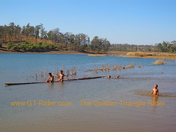 275931=8300-img_9506.jpg /Lisu ( Chinese New Year) 2012/Touring Northern Thailand - Trip Reports Forum/  - Image by:
