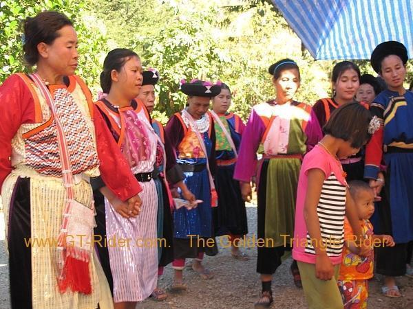 275931=8301-img_9512.jpg /Lisu ( Chinese New Year) 2012/Touring Northern Thailand - Trip Reports Forum/  - Image by: