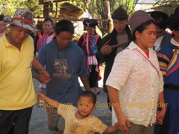 275931=8303-img_9515.jpg /Lisu ( Chinese New Year) 2012/Touring Northern Thailand - Trip Reports Forum/  - Image by: