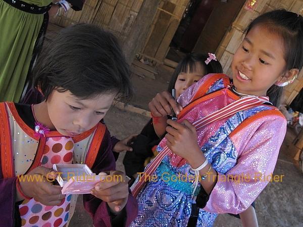 275931=8319-img_9562.jpg /Lisu ( Chinese New Year) 2012/Touring Northern Thailand - Trip Reports Forum/  - Image by: