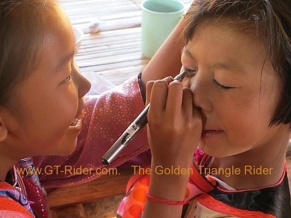 275931=8320-img_9568.jpg /Lisu ( Chinese New Year) 2012/Touring Northern Thailand - Trip Reports Forum/  - Image by: