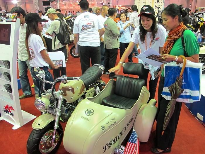 277992=10043-IMG_1607.jpg /33rd Bangkok Motor Show 2012/General Discussion / News / Information/  - Image by: