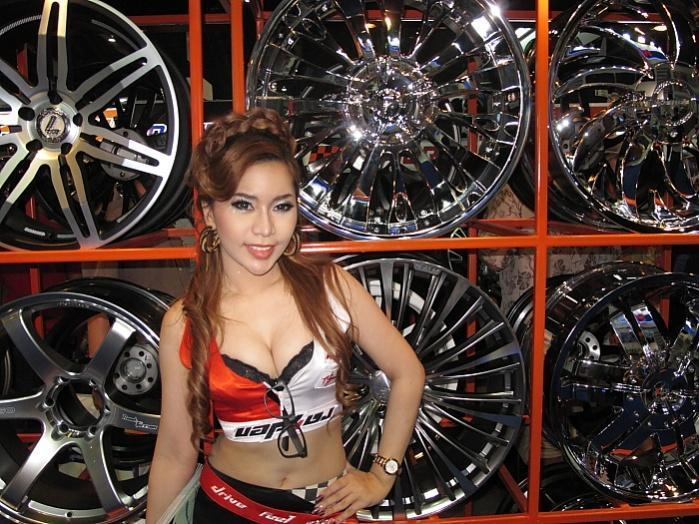 277993=10057-IMG_1623.jpg /33rd Bangkok Motor Show 2012/General Discussion / News / Information/  - Image by: